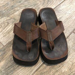 Brown Vintage Reef FlipFlops platform sandals